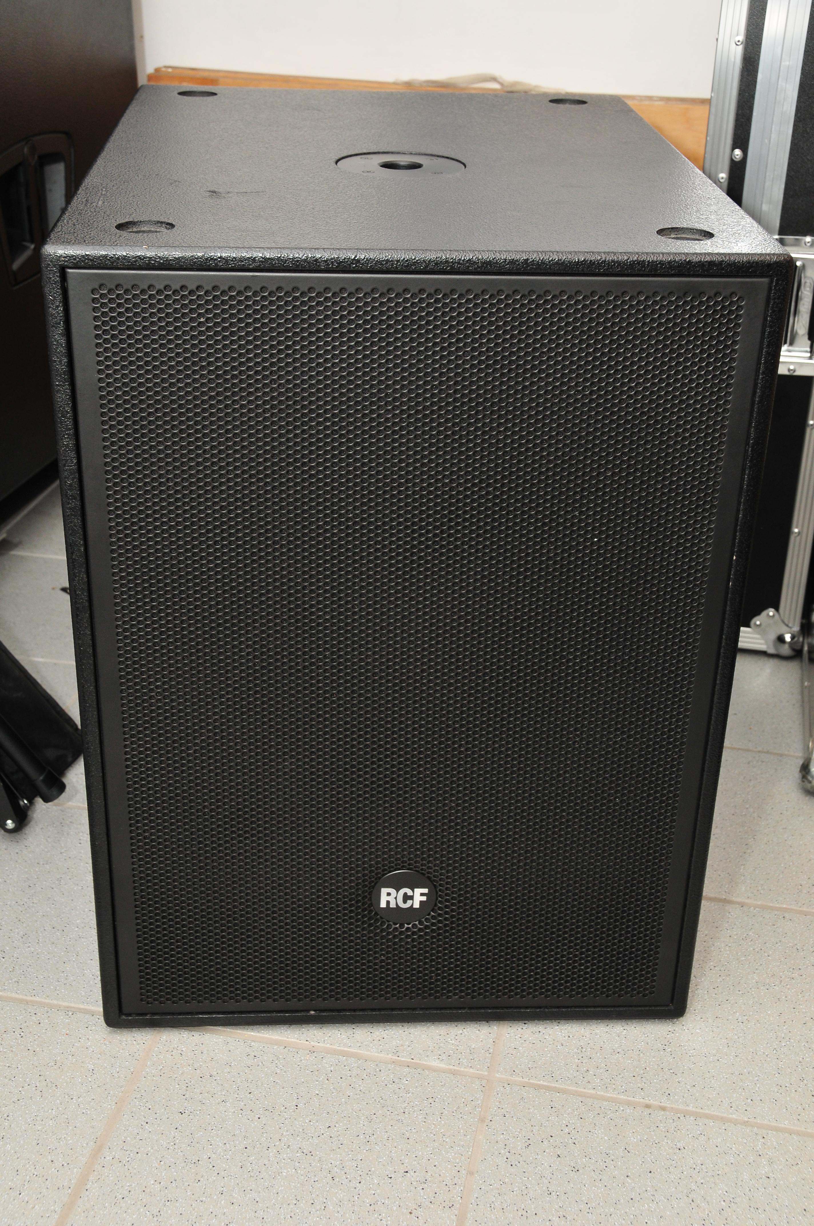 Soundanlagen / PA RCF 8003 AS